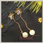 Серьги Бусина на цепочке, цветок, цвет белый в золоте - бижутерия