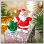 Брошь Новогодняя сказка Дед Мороз с мешком подарков, разноцветный в золоте