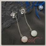 Серьги Бусина на цепочке, цветок, цвет белый в серебре - бижутерия
